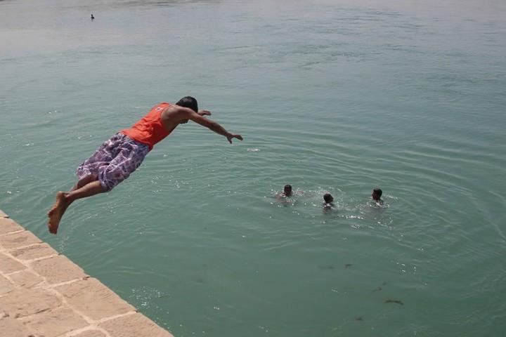 شنا در روزهای کرونایی ممنوع