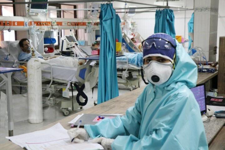 آذربایجانغربی در وضعیت خطرناکی قرار دارد/ مراجعه غیرضروری به مراکز درمانی ممنوع