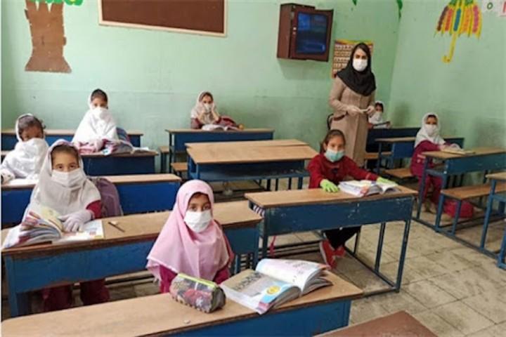 نگرانی اولیای دانش آموزان از بازگشایی مجدد مدارس در آذربایجان غربی