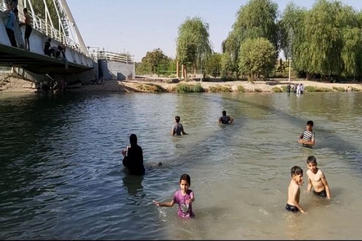 شنا چاشنی تلخ روزهای کرونایی در ارومیه