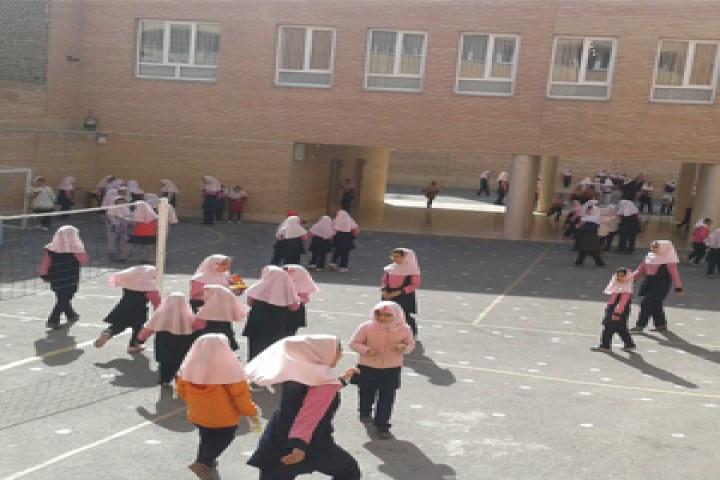 اخذ بیمه اجباری از دانش آموزان در ارومیه