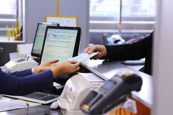 ضرورت به تعویق انداختن اقساط بانکی در ایام تعطیلات کرونایی