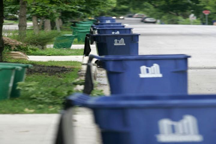 کمبود سطل زباله یکی از معضلات شهری