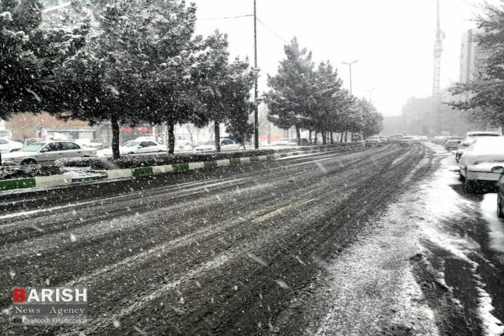 ورود موج بارشی به آذربایجان غربی/کاهش محسوس دما از اواخر هفته جاری