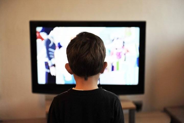برنامههای شاد پاشنه آشیل تولیدات رسانه ملی