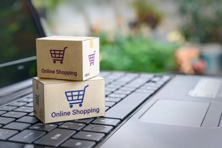 لزوم نظارت بر سایت های خرید و فروش اینترنتی