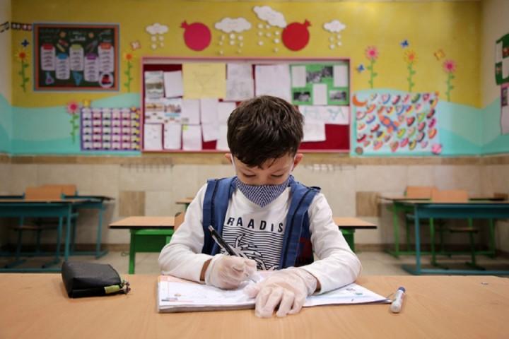 نارضایتی والدین از بلاتکلیفی بازگشایی مدارس آذربایجانغربی