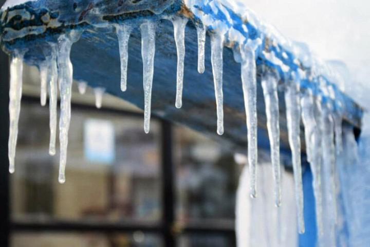 هوای سرد همچنان مهمان آذربایجانغربی