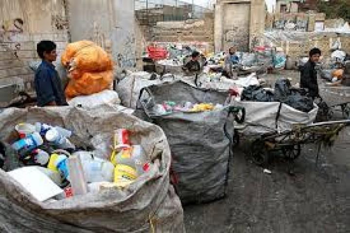 زخمی که ضایعات فروشان بر پیکره خیابان خرمشهر ارومیه وارد کرده اند