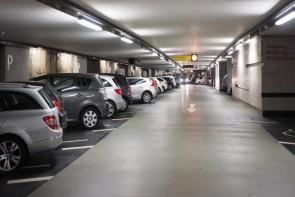 گلایه مردم از نبود پارکینگ طبقاتی در خیابانهای پرتردد ارومیه