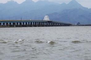 جدال دریاچه فیروزهای و کرونا در غیاب امکانات