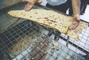 نان های بی کیفیت بر سر سفره های مردم ارومیه
