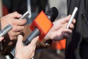 خبرنگاران طلایهداران جبهه آگاهی و زبان گویای جامعه