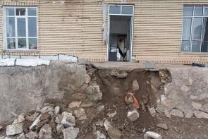 بازسازی منازل تخریب شده قطور به کجا رسید؟