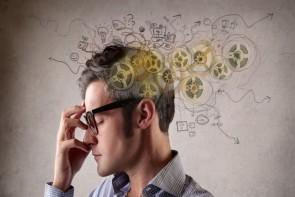 مشکلات اقتصادی جامعه و افزایش تنشهای روانی بین اعضای خانواده