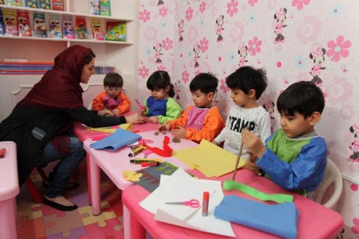 وضعیت نامناسب حقوق مربیان مهد کودک