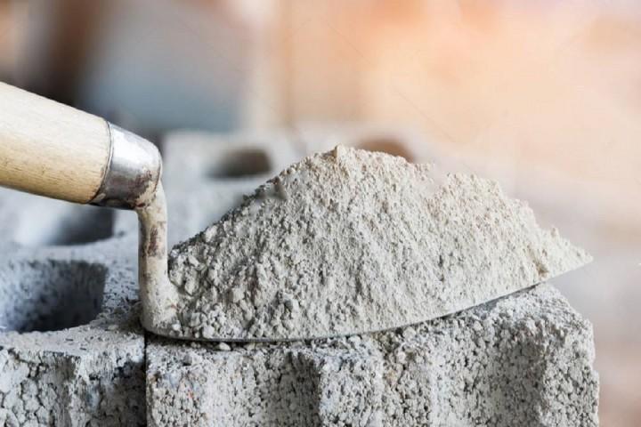 کمبود و گرانی سیمان دغدغهای دیگر در ارومیه