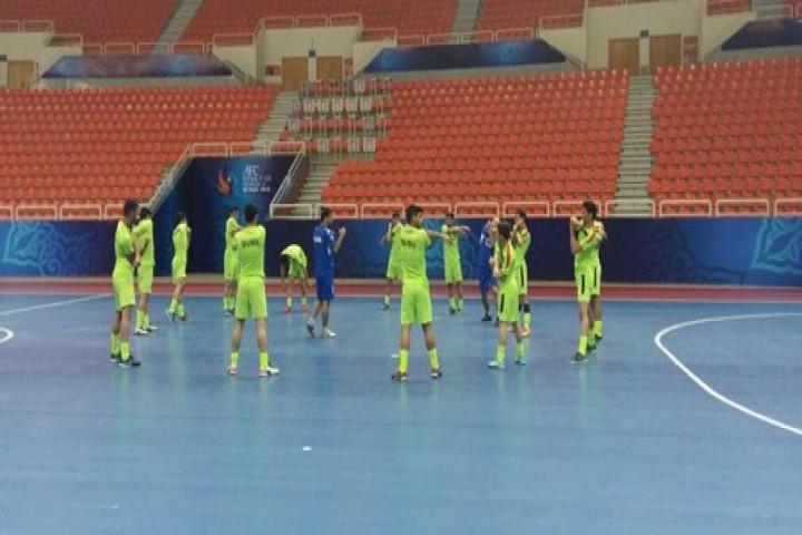 پرافتخارترین تیم فوتسال آذربایجان غربی راهی غربت شد/ مسئولان استانی حق مسلم میزبانی را از اروم آلیاژ گرفتند!