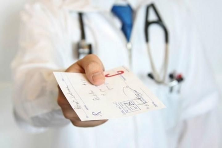 فقیرتر شدن مردم به خاطر هزینه های کمرشکن درمان