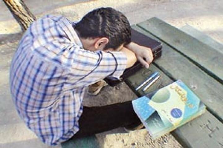 سونامی بیکاری میان فارغ التحصیلان دانشگاهی در آذربایجان غربی
