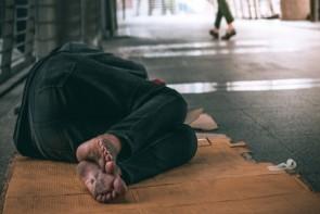 گسترش فقر و بیکاری زیر سایه کرونا / بحرانی که باید جدی گرفته شود