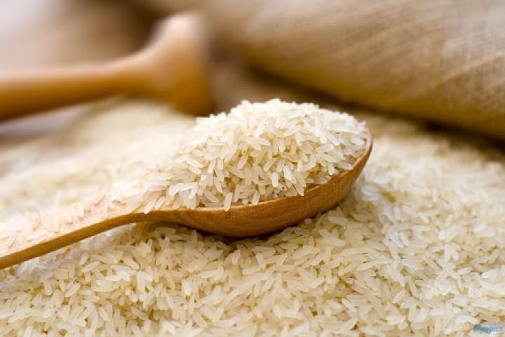 بنظمی در توزیع برنج سهمیهای